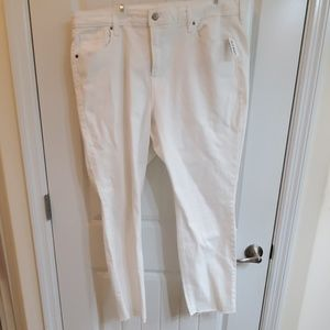 Old Navy raw edge straight leg jeans 18